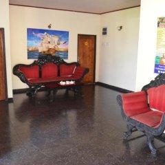 Отель Winston Beach Guest House Шри-Ланка, Негомбо - отзывы, цены и фото номеров - забронировать отель Winston Beach Guest House онлайн интерьер отеля