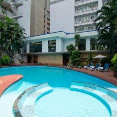 Manhattan Bangkok Hotel Бангкок бассейн