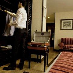 Sercotel Gran Hotel Conde Duque сейф в номере
