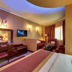 Comfort Inn Hotel 3* Улучшенный номер с различными типами кроватей фото 2
