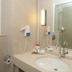 Гостиница Рамада Екатеринбург (Ramada Yekaterinburg) 5* Стандартный номер с различными типами кроватей фото 3