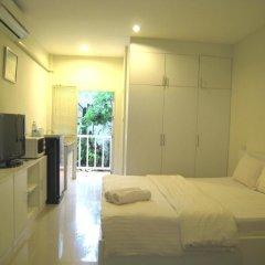 KK Centrum Hotel 3* Стандартный номер с различными типами кроватей фото 5