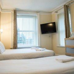 The Mitre Hotel 3* Стандартный семейный номер с двуспальной кроватью фото 7