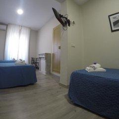 Отель Hostal El Pilar Стандартный номер с различными типами кроватей фото 6
