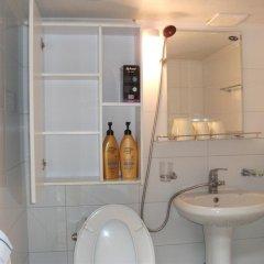 Отель Hyosunjae Hanok Guesthouse 2* Стандартный номер с различными типами кроватей (общая ванная комната) фото 9