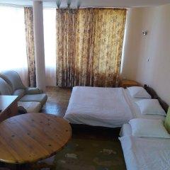 Отель Sunny Island Obzor Болгария, Аврен - отзывы, цены и фото номеров - забронировать отель Sunny Island Obzor онлайн комната для гостей