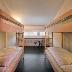 Youth Hostel Bern Кровать в общем номере с двухъярусной кроватью
