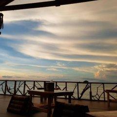 Отель Saladan Beach Resort гостиничный бар