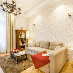 Апартаменты Romantique Apartment комната для гостей фото 3
