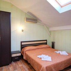 Гостиница Континент 2* Люкс с двуспальной кроватью фото 26