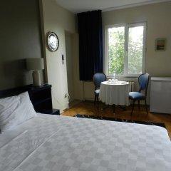 Отель Berk Guesthouse - 'Grandma's House' 3* Стандартный семейный номер с двуспальной кроватью фото 16