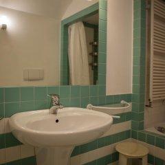 Отель Locanda Ai Santi Apostoli 3* Стандартный номер с различными типами кроватей фото 27