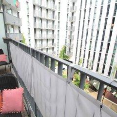 Отель Holiday at Alexanderplatz Apartments Германия, Берлин - отзывы, цены и фото номеров - забронировать отель Holiday at Alexanderplatz Apartments онлайн балкон