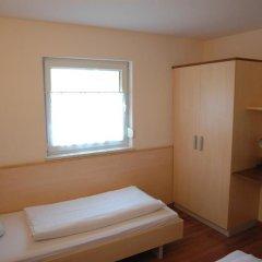 Отель Pension Weber 3* Стандартный номер с 2 отдельными кроватями