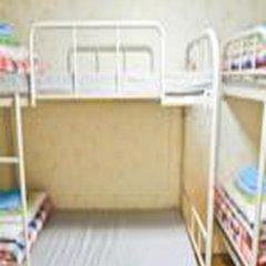 Отель Kimchee Hongdae Guesthouse Кровать в общем номере с двухъярусной кроватью фото 13