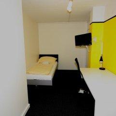 Primestay Self Check-in Hotel Altstetten 2* Номер категории Эконом с различными типами кроватей фото 5