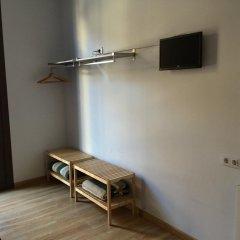 Отель Hostal Delfos Стандартный номер с двуспальной кроватью фото 4