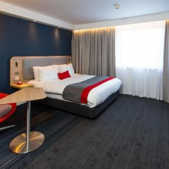 Отель Holiday Inn Express Glasgow Airport 3* Стандартный номер фото 7