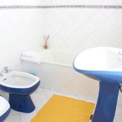 Rich & Poor Hostel Albufeira ванная