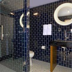 Отель 6 Columbus Central Park a Sixty Hotel США, Нью-Йорк - отзывы, цены и фото номеров - забронировать отель 6 Columbus Central Park a Sixty Hotel онлайн ванная фото 2