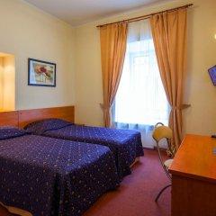 Гостиница Невский Экспресс Стандартный номер с двуспальной кроватью