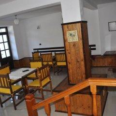 Отель Maya Hostel Berat Албания, Берат - отзывы, цены и фото номеров - забронировать отель Maya Hostel Berat онлайн питание фото 3