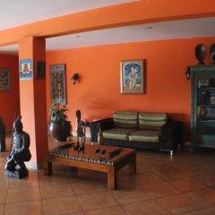 Отель Altamont West Hotel Ямайка, Монтего-Бей - отзывы, цены и фото номеров - забронировать отель Altamont West Hotel онлайн интерьер отеля