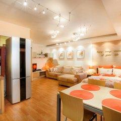 Апартаменты GreenHouse Apartments 1 Екатеринбург комната для гостей