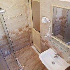 Отель Guesthouse Arben Elezi Албания, Берат - отзывы, цены и фото номеров - забронировать отель Guesthouse Arben Elezi онлайн ванная фото 2