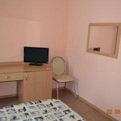 Гостиница Искра 3* Стандартный номер с 2 отдельными кроватями фото 5