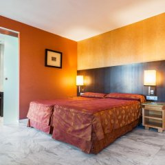 Отель Medinaceli 4* Стандартный номер с двуспальной кроватью фото 4