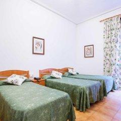 Отель Hostal Ramos Стандартный номер с различными типами кроватей фото 4