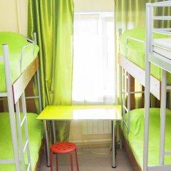 Хостел Миллениум Кровать в женском общем номере с двухъярусными кроватями