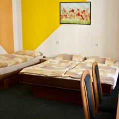AZ-Hostel Стандартный номер с различными типами кроватей