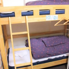 Отель K's House Tokyo Кровать в общем номере фото 9