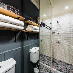 Отель 5 Vintage Guest House 3* Номер Делюкс с двуспальной кроватью фото 3