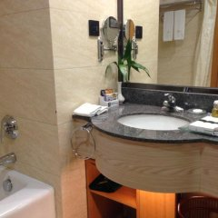 Отель Aurum International Hotel Xi'an Китай, Сиань - отзывы, цены и фото номеров - забронировать отель Aurum International Hotel Xi'an онлайн ванная