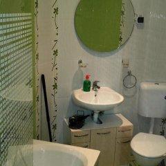Отель Guesthouse Kaja Болгария, Банско - отзывы, цены и фото номеров - забронировать отель Guesthouse Kaja онлайн ванная фото 2
