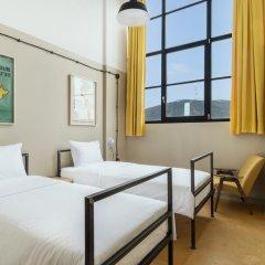 Fabrika Hostel & Suites - Hostel Стандартный номер с 2 отдельными кроватями фото 11