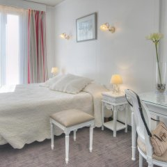 Отель Hôtel Vendôme 3* Стандартный номер с различными типами кроватей