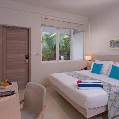 Отель Malahini Kuda Bandos Resort 4* Стандартный номер с двуспальной кроватью фото 3