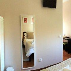 Отель The Capital Boutique B&B Номер Делюкс с различными типами кроватей фото 14