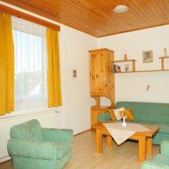 Отель Betti Apartman Хевиз комната для гостей фото 5