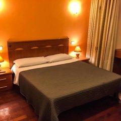 Отель Overseas Guest House Стандартный номер с различными типами кроватей