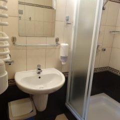 Отель Motel Comet Польша, Кобыльница - отзывы, цены и фото номеров - забронировать отель Motel Comet онлайн ванная фото 2
