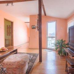 Апартаменты Eli Apartments - Different locations in Sarafovo, Bourgas комната для гостей фото 2