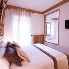 Ambra Cortina Luxury & Fashion Boutique Hotel 4* Улучшенный номер с различными типами кроватей фото 15
