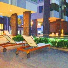 Отель The Base Pattaya by Smart Delight Паттайя бассейн фото 2