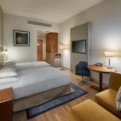 Отель Hilton Cologne 4* Стандартный номер разные типы кроватей фото 17