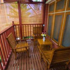Teak Wood Hotel 3* Стандартный семейный номер с различными типами кроватей фото 5